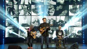 Kaikki kotona live: Jukka Takalo - Suomirokkia