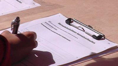 Nimienkeruu kansalaisaloitteeseen turkistarhauksen kieltämiseksi alkoi 14.  toukokuuta. 859438b207