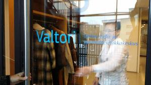 Ytterdörren til Valtori.