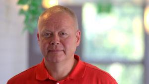 Erkki Penttinen är chef för socialt arbete och familjeservice vid Vasa stad.