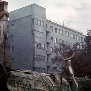 Sodassa vaurioituneita kerrostaloja takaisin vallatussa Viipurissa 1941