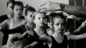 Erkki Kuntun balettitunnilla Porissa (1976).
