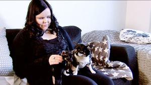 Jenna Fröjdin perheeseen kuuluvat myös koirat