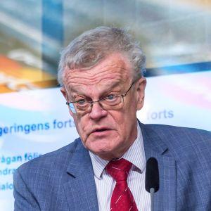 Björn Eriksson leder kontantupproret