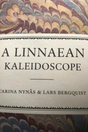 Ryggen på Carina Nynäs och Lars Bergquists bok A Linnaean Kaleidoscope. 2016.