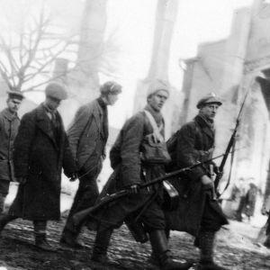 bild på boken över branten, bröder i krig 1917-1918