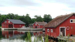 Lökholm byhamn i Åbolands skärgård sommaren 2015