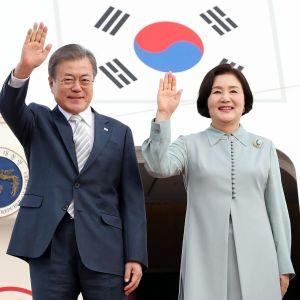 Sydkoreas president Moon-Jae In och hans fru Kim Jung-Sook kommer på besökt till Finland den 9 juni