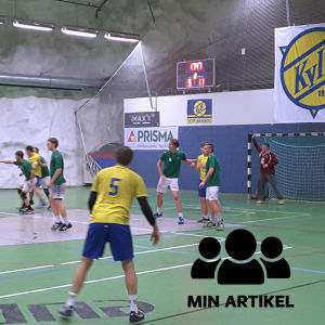 KyIF-spelarna anfaller mot Ekenäs IF.