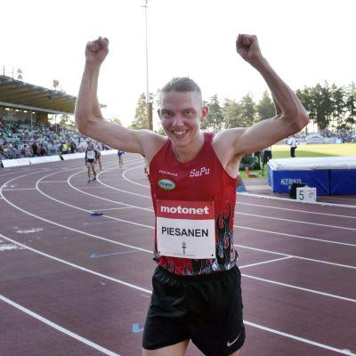 Jaakko Piesanen.