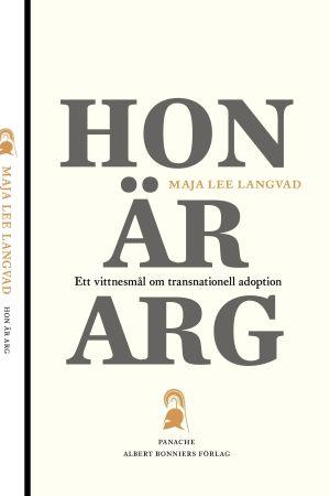 """Pärmbild till Maja Lee Langvads bok """"Hon är arg"""""""