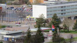 Korsningen mellan Esplanaden och Halmstadsgatan i Hangö.