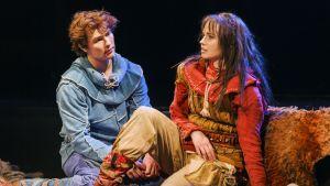 Birk (Oiva Nuojua) och Ronja (Reetta Kankare)