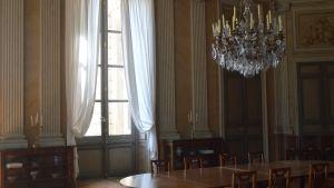 Compiègnen keisarillisen palatsin puhdastyylinen ruokailuhuone on Napoleon I:n ajalta.
