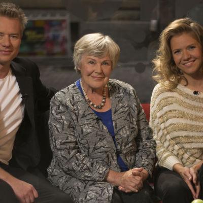 mårten svartström, elisabeth rehn och sonja kailassaari