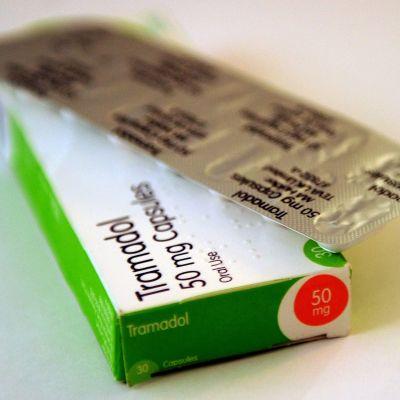 Det smärtstillande medlet Tramadol i brittisk förpackning.