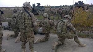 Nato har skickat amerikanska trupper till Estland.