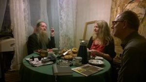 Vännerna Carabeidis, Larsson och Torrkulla filosoferar