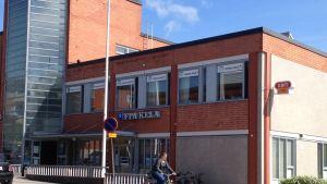 Raseborgs arbets- och näringsbyrå i Karis.