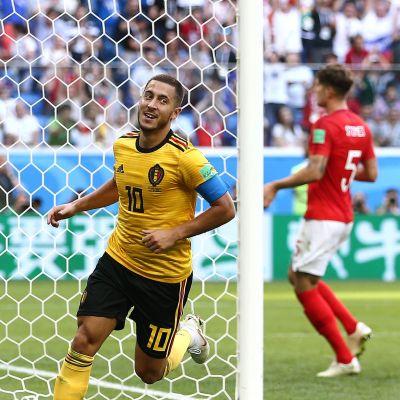Eden Hazar firar mål