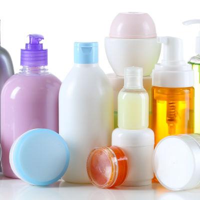 Kosmetiikkapulloja