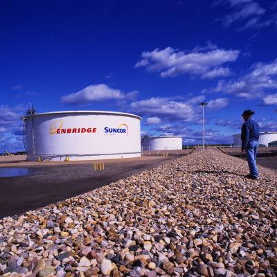 Cisterner tillhörande energibolaget Suncor som har huvudkontor i provinsen Alberta i Kanada.