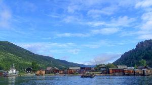 sjö och hamn