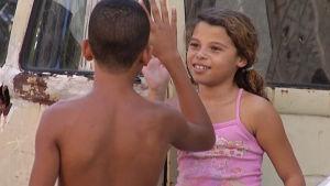 Barn i favela i Rio de Janeiro