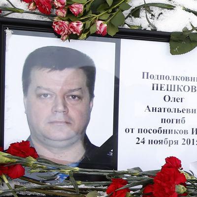dödad rysk pilot i Syrien, Oleg Peshkov