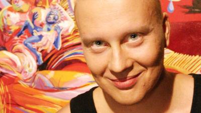 Taiteilija Teemu Mäki
