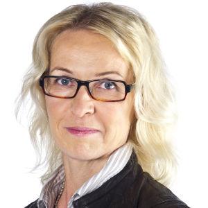 Riitta Pihlajamäki, päällikkö, journalistiset standardit ja etiikka