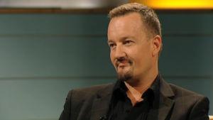 Elokuvaohjaaja Olli Saarela Arto Nybergin haastattelussa.
