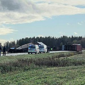 Trafikolycka mellan Långåminne och Vikby i Korsholm, den 14 oktober 2020.