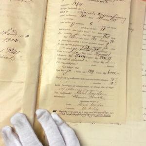 Gamlakarleby ungdomsförenings rapportblankett från år 1906.