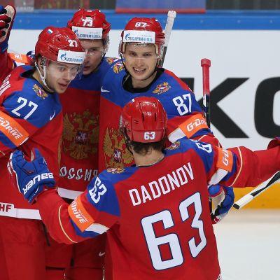 Venäjän superkenttä Dadonov-Shipatshjov-Panarin oli liikaa Tanskalle.