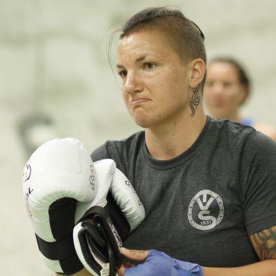 Elina Gustafsson boxades i Ryssland.