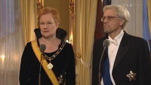 Presidentti Tarja Halonen ja Pentti Arajärvi haastattelussa ennen Linnan juhlia 2006