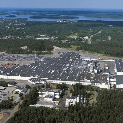Valmet Automotives fabrik i Nystad,  bilden är en flygbild.