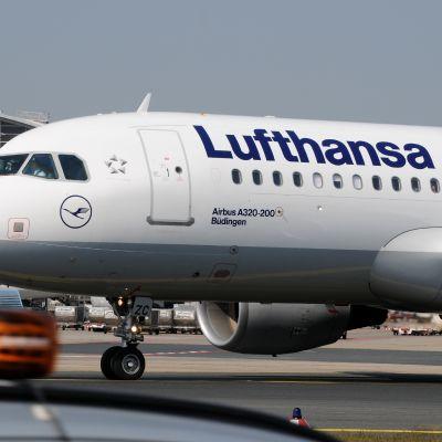Lufthansan Airbus  A320