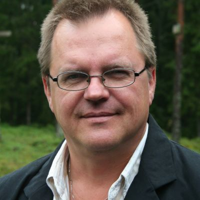Författaren Kenneth Myntti