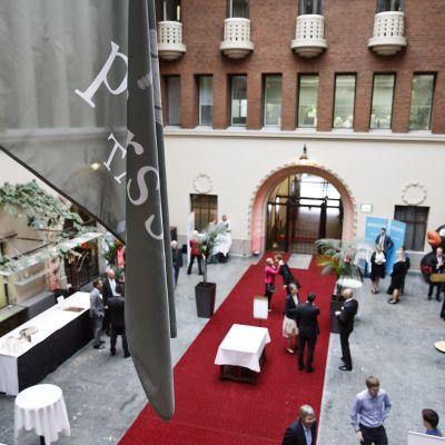 Helsingin pörssin aula 7. joulukuuta 2015.
