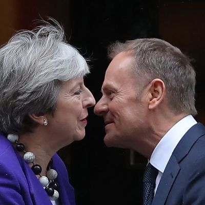 Theresa May och Donald Tusk i London 1.3.2018.