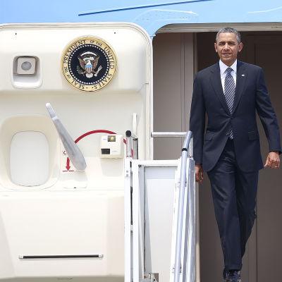 Barack Obama anlände till Seoul