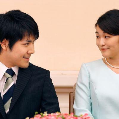 Kei Komuro ja prinsessa Mako ilmoittivat kihlauksesta.