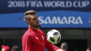 Sergej Milinkovic-Savic tränar inför Costa Rica-matchen.