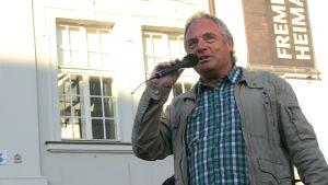 Thomas Elstner organiserar måndagsdemonstrationen.