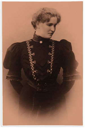 Elli Sola vuonna 1904.