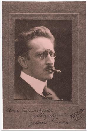Kirjailija Jalmari Finne.