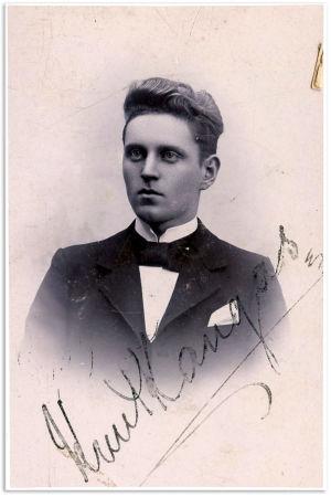 Nuori Knut Kangas.