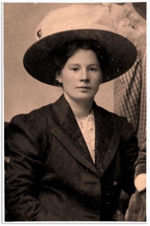 """Ida Maria """"Maikki"""" Kangas 1911."""